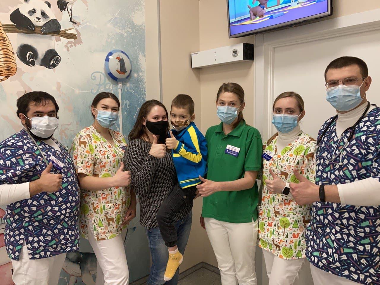 photo 2021 03 31 18 11 21 - Ми проводимо щомісячне добродійне лікування маленьких пацієнтів з ОХМАТДИТу