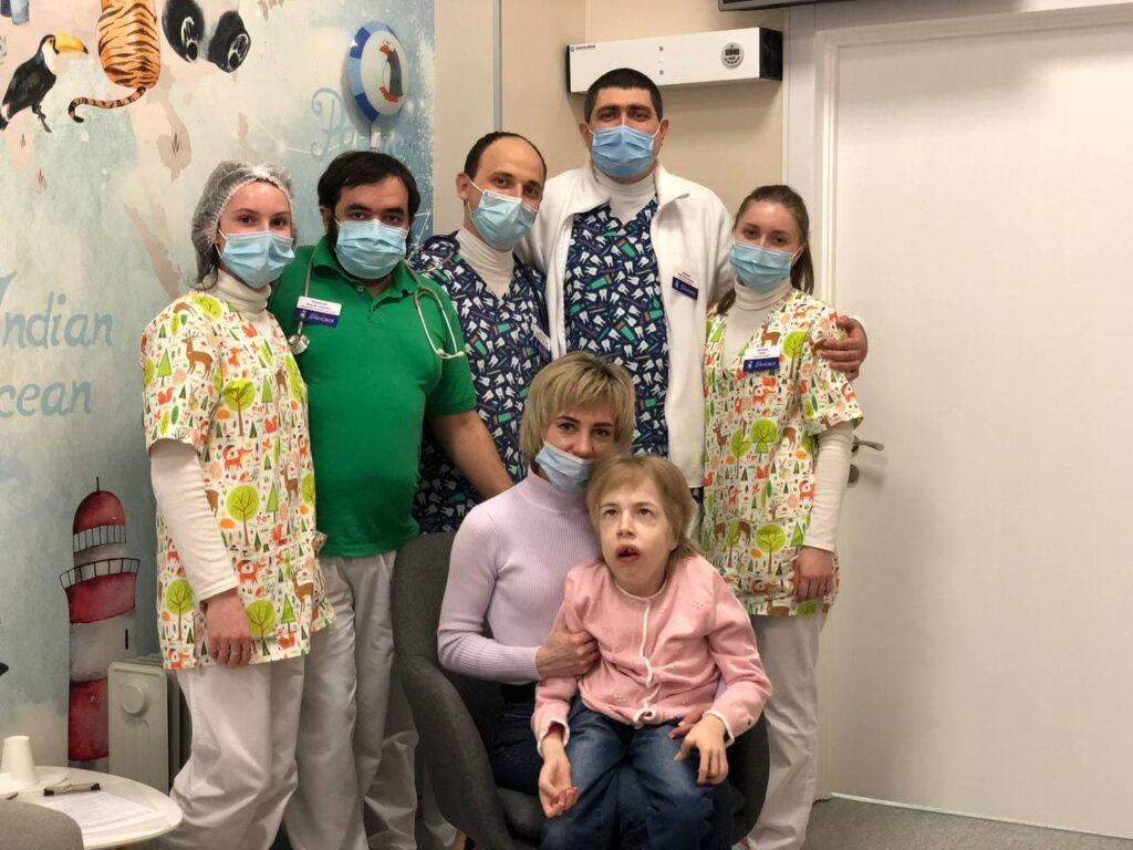 osobliv 1024x768 - Мы провели благотворительное лечение ребенка с очень редким диагнозом - единственный случай в Украине